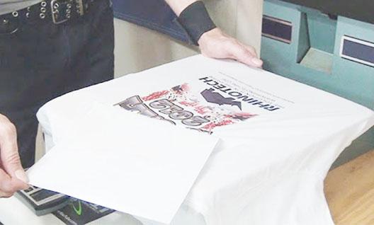 Tách giấy in ra khỏi sản phẩm